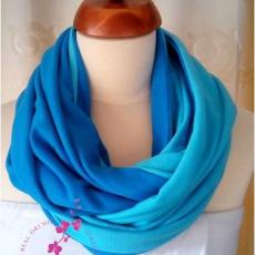 kék körsál pamutból/ türkiz és királykék színek felahasználásával