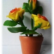 agyag sárga rózsa hűtőmágnes