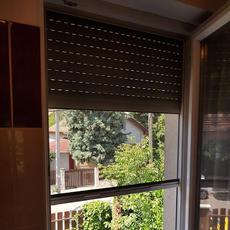 06204326550, Szúnyoghálóval kombinált redőny szerelése, javítása , 22. kerület, 11. kerület www.redonygurtnis.hu