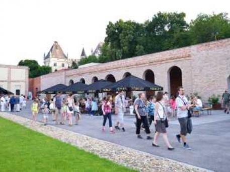 Törley árkádos udvar a Múzeumok éjszakáján
