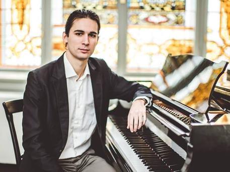 Szabó Marcell Junior Príma díjas zongoraművész